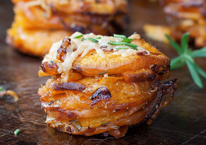 kims-healthy-eats-rosemary-sweet-potato-stackers-01