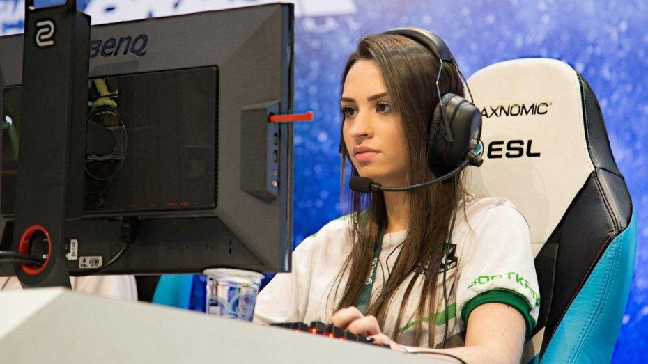 Mujer pro-player es sentenciada a 116 años de cárcel por fraude