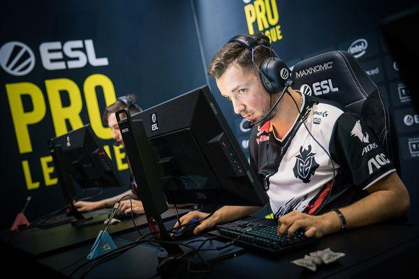 """Nemanja """"huNter-"""" Kovač, 2020'nin en iyi 13. CS:GO oyuncusu tercih edildi!"""