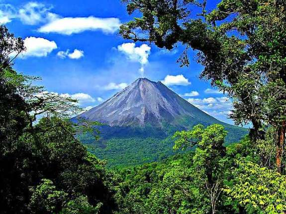 Volcano_Arenal_Costa_Rica