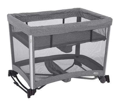 HALO 3-in-1 DreamNest Bassinet, Portable Crib, Travel Cot with Rocking Attachment, Breathable Mesh Mattress, Easy to Fold Pack and Play