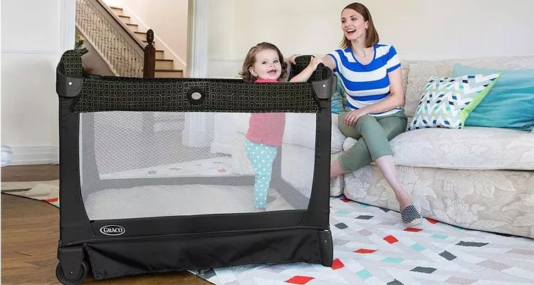 Best Pack n Play of 2020 – Playard Reviews for Newborn and Toddlers