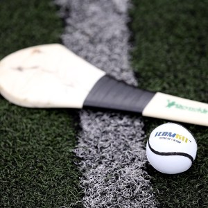 Hurling Sticks For Sale Reynolds Hurleys Composite Synthetic grass 2