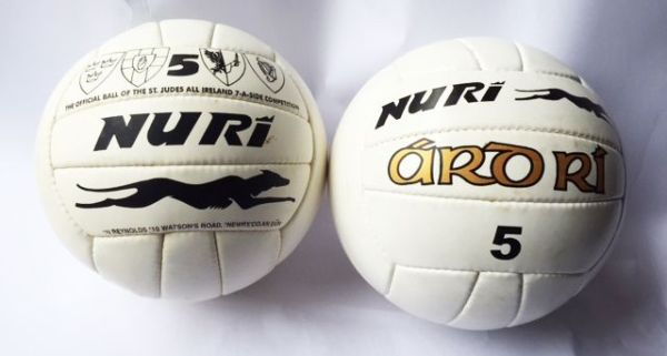 Nuri Sports Size 5 Gaelic Footballs