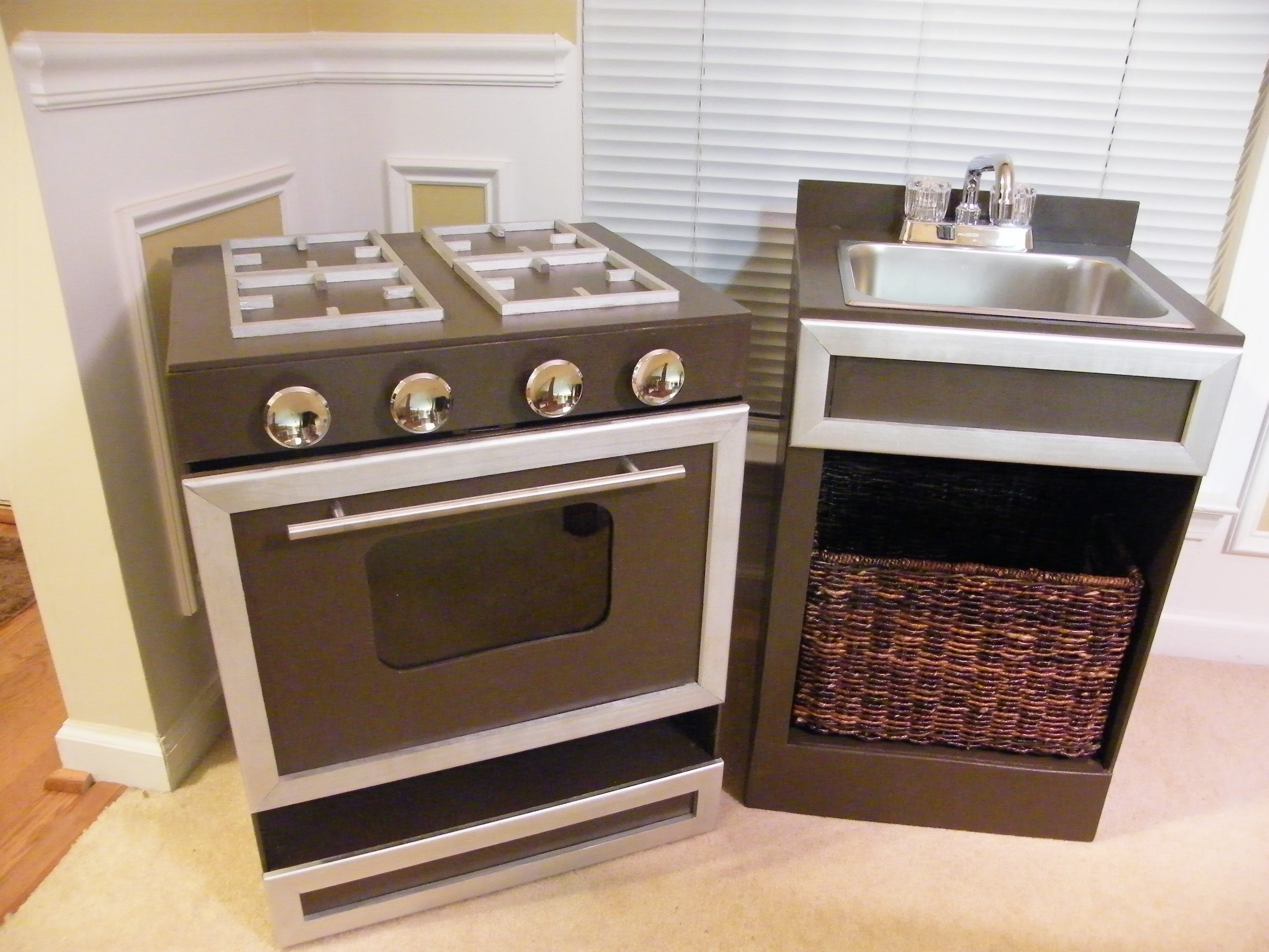 Better Play Kitchens  My blog about making kitchens for