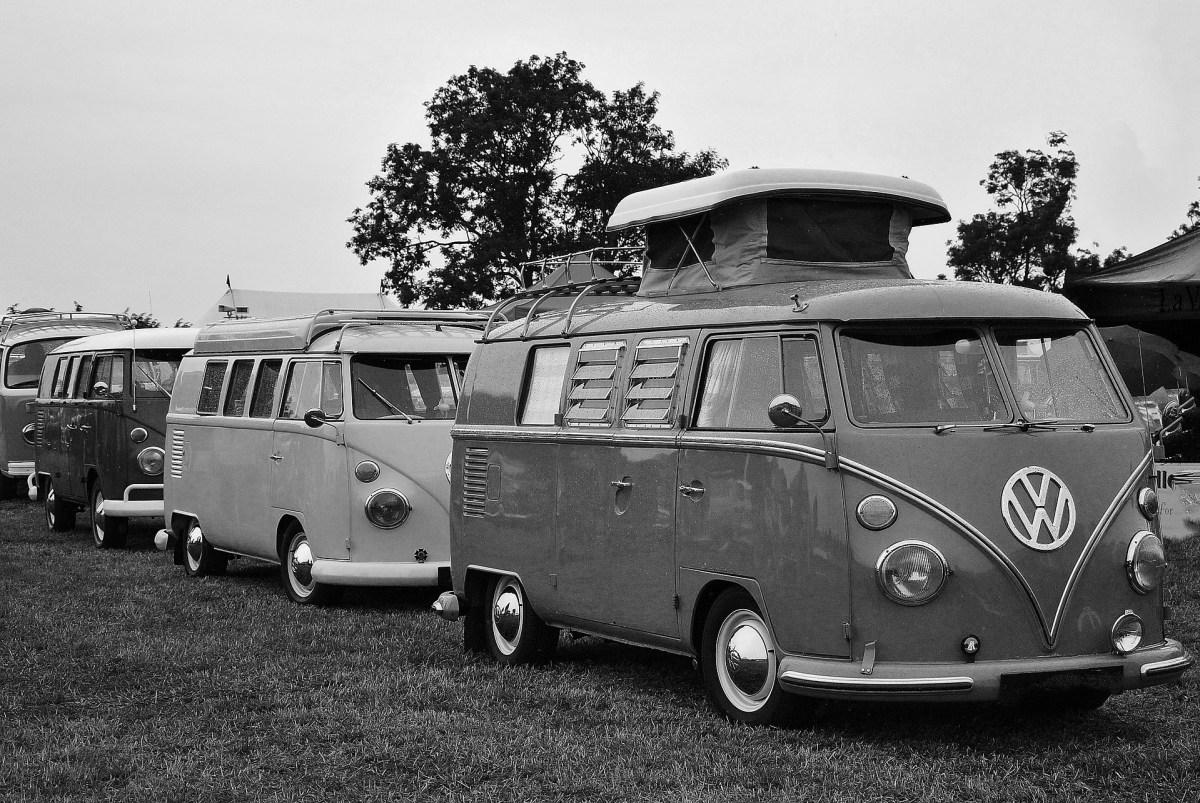 vw-camper-1939343_1920
