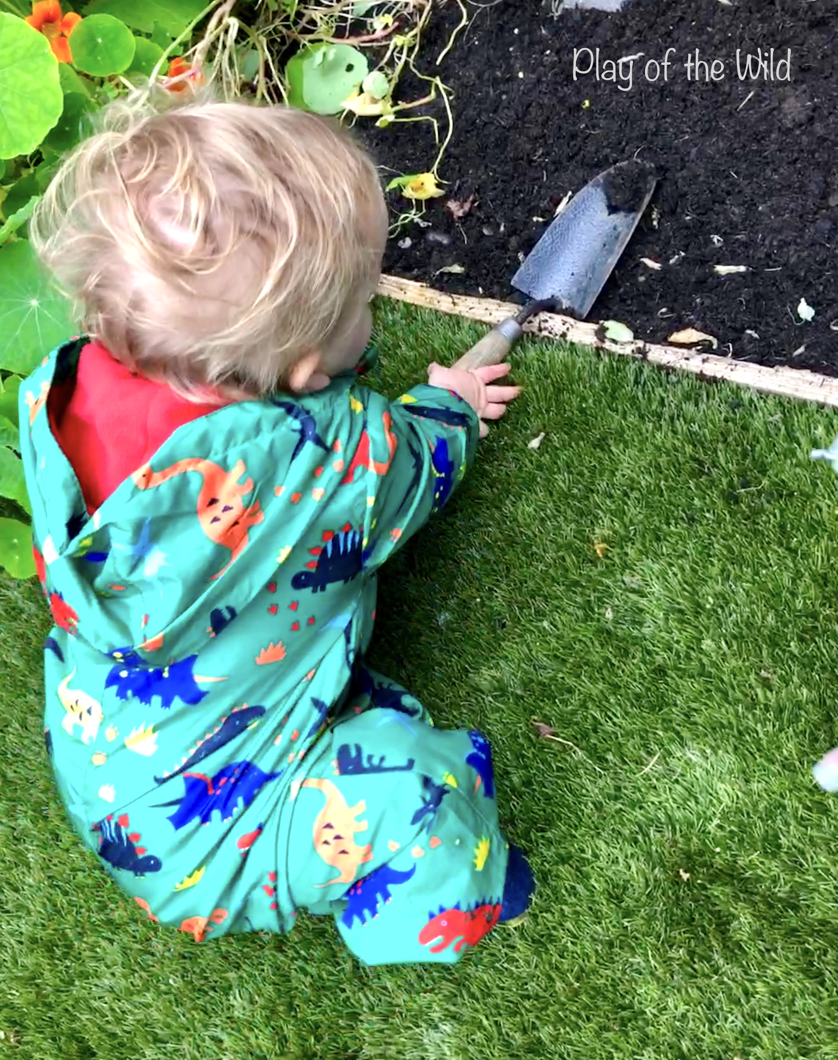 gardening with babies. Outdoor Autumn & Winter Garden Activities for Children