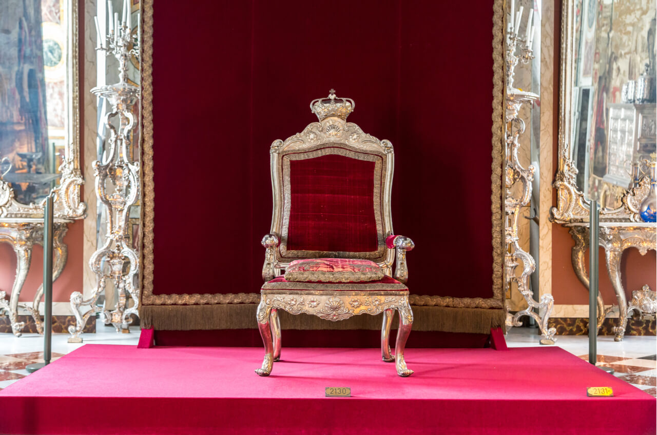 King Throne Chair Rental Mount Airy Is The King Of New Castle After Winning Mini