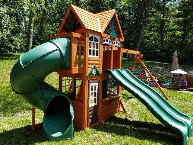 Cedar Summit Valleyview Playset