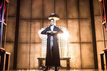 Impossible at Noel Coward Theatre
