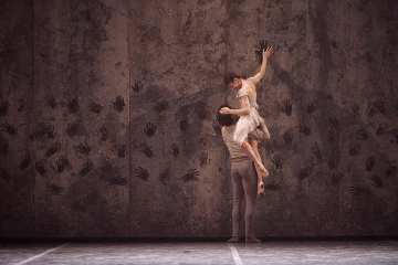 Akram Khan's Giselle at Sadler's Wells Photo Laurent Liotardo