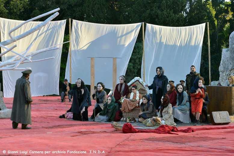 Fenicie Teatro Greco di Siracusa, Sicily