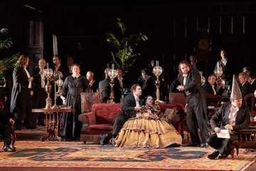 Canadian Opera Company's production of Rigoletto, 2018. Photo Michael Cooper