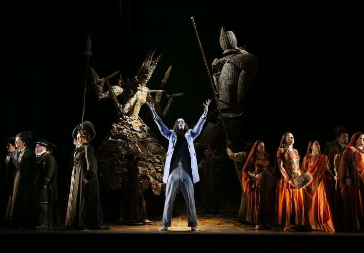 SATYAGRAHA **** English National Opera-c-Donald-Cooper