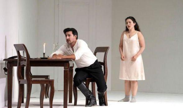 Rodolfo (Charles Castronovo) and Luisa (Mané Galoyan)