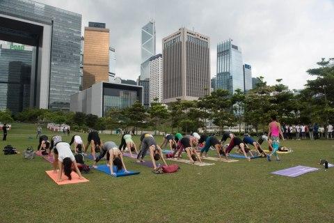 20150502 - Cora Tamar Park Yoga II - 050