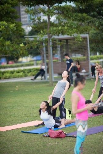 20150502 - Cora Tamar Park Yoga II - 384