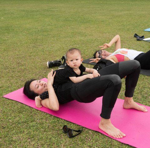 20150502 - Cora Tamar Park Yoga II - 454