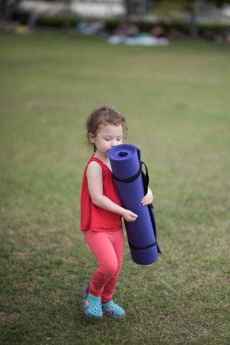 20150502 - Cora Tamar Park Yoga II - 755