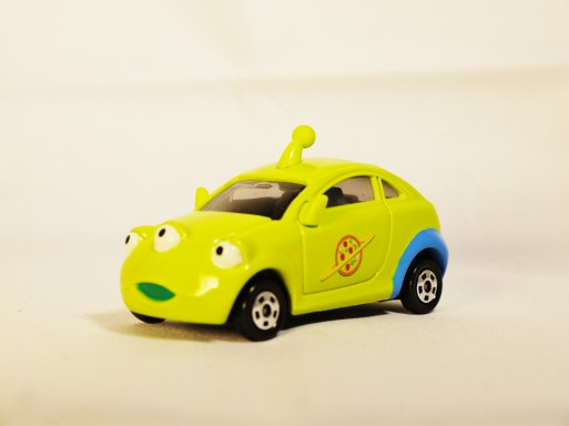 TOMICA-Disney-Toy_Story-Alien-Racing Corotto-Hatchback-Green-2
