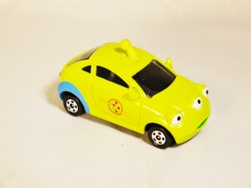 TOMICA-Disney-Toy_Story-Alien-Racing Corotto-Hatchback-Green-4