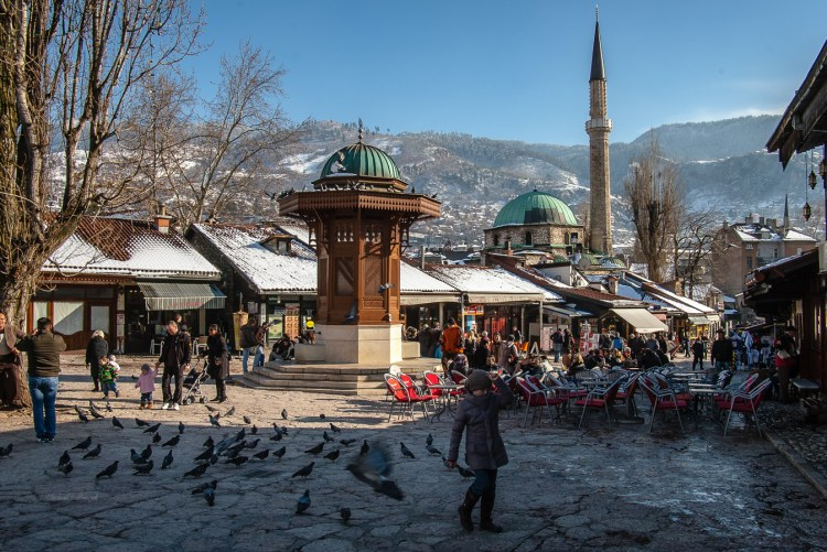 Sarajevo - Pigeon Square