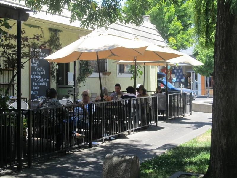 Putnam Plaza restaurant