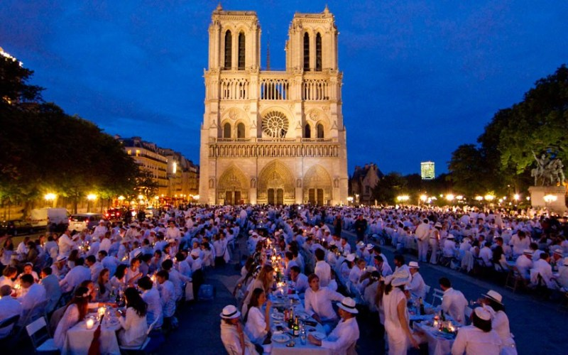paris-white-dinner