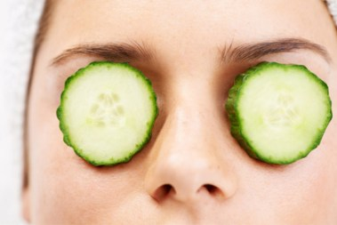 woman-with-cucumber-on-face-horiz_tjxhha