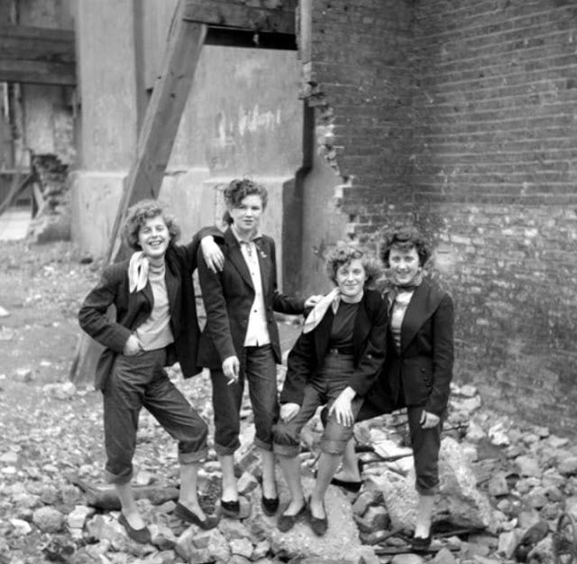 Teddy Girls. Photo: Ken Russell