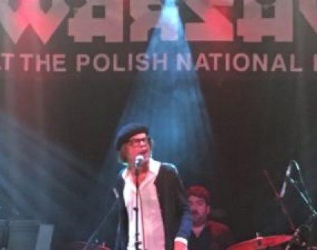 David Johansen singing at Warsaw.
