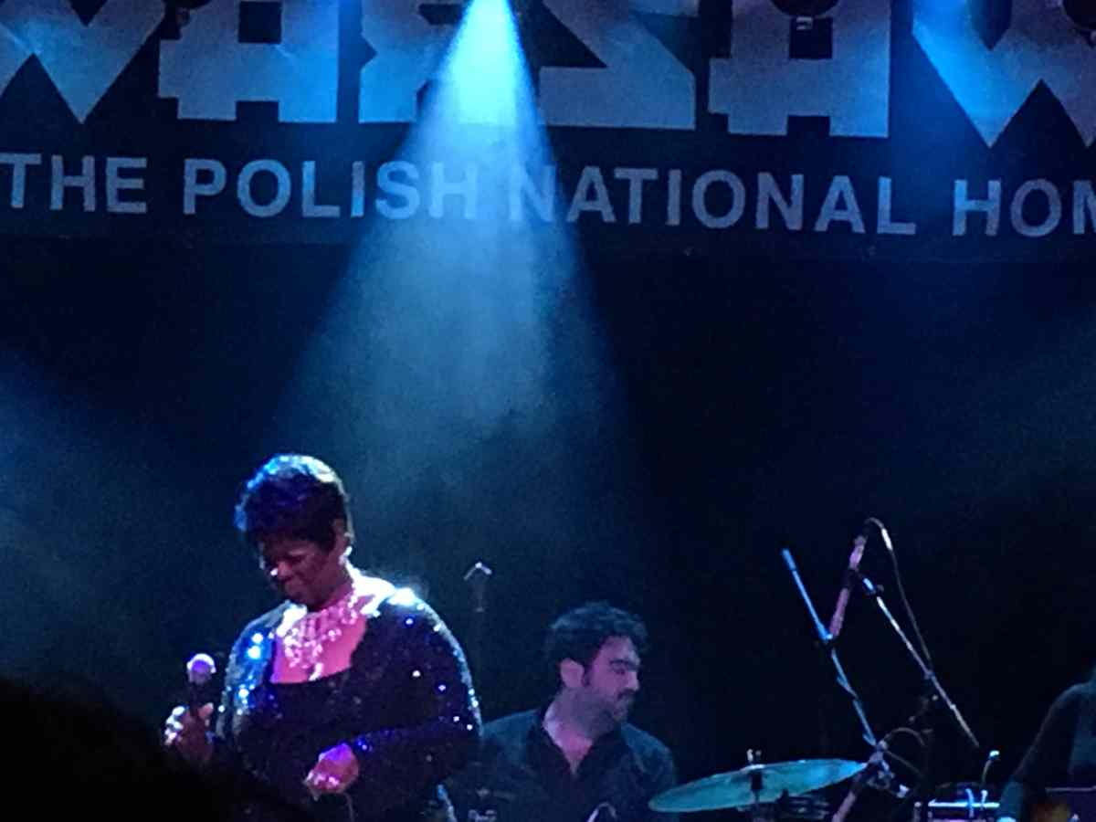 Irma Thomas onstage at Warsaw.