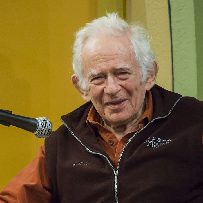 Norman Mailer speaks in Provincetown, MA, during the annual Norman Mailer Society Conference, 2006. Photo Creative commons