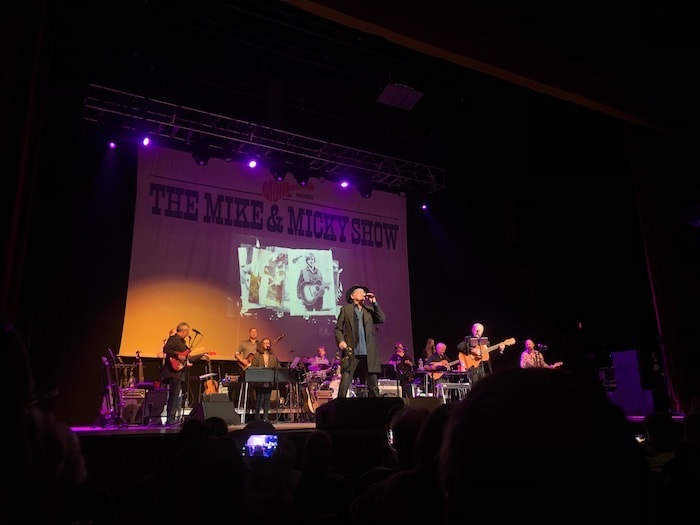 The Monkees Present: The Mike & Micky show live in Albany, NY