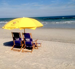 beach chairs and umbrella legs for chair rentals 2 1 set