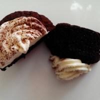 Moist chocolate cupcakes with Nutella/Drėgni šokoladiniai keksiukai su Nutella