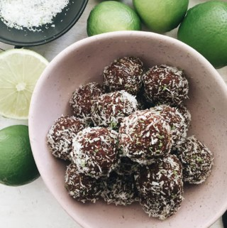 chocolate lime energy balls | pleasureonaplate.com