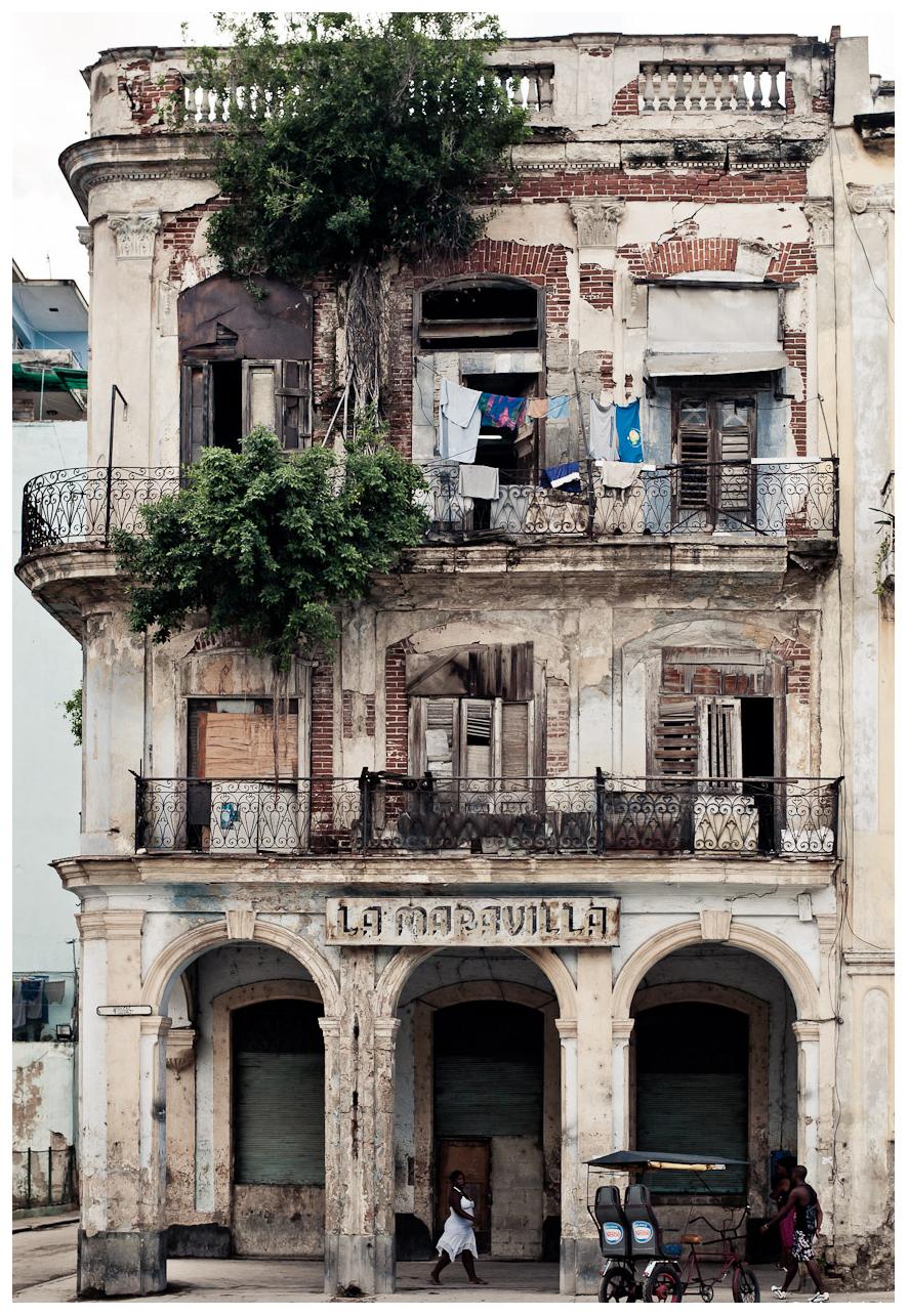 Photo Yanidel Street Photography Cuba Casa Particular