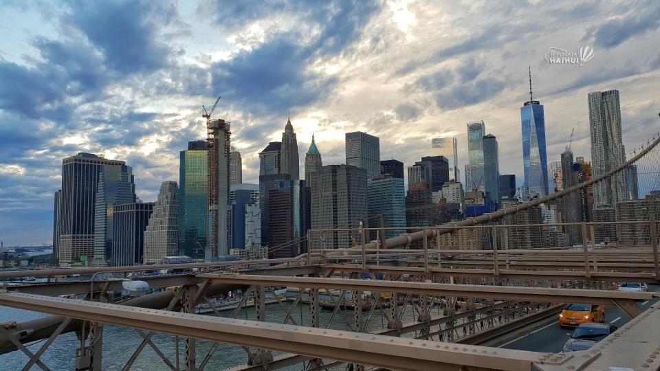 skyscraper new york_priveliste brooklyn bridge.jpg