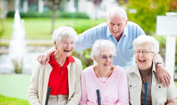 ¿Cuál es la denominación correcta? Persona Mayor o Adulto Mayor.