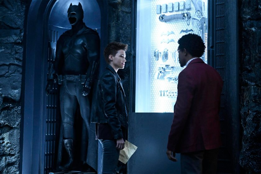 Kate Kane (Ruby Rose) y Luke Fox (Camrus Johnson) en Batwoman. Imagen: Kimberley French/The CW
