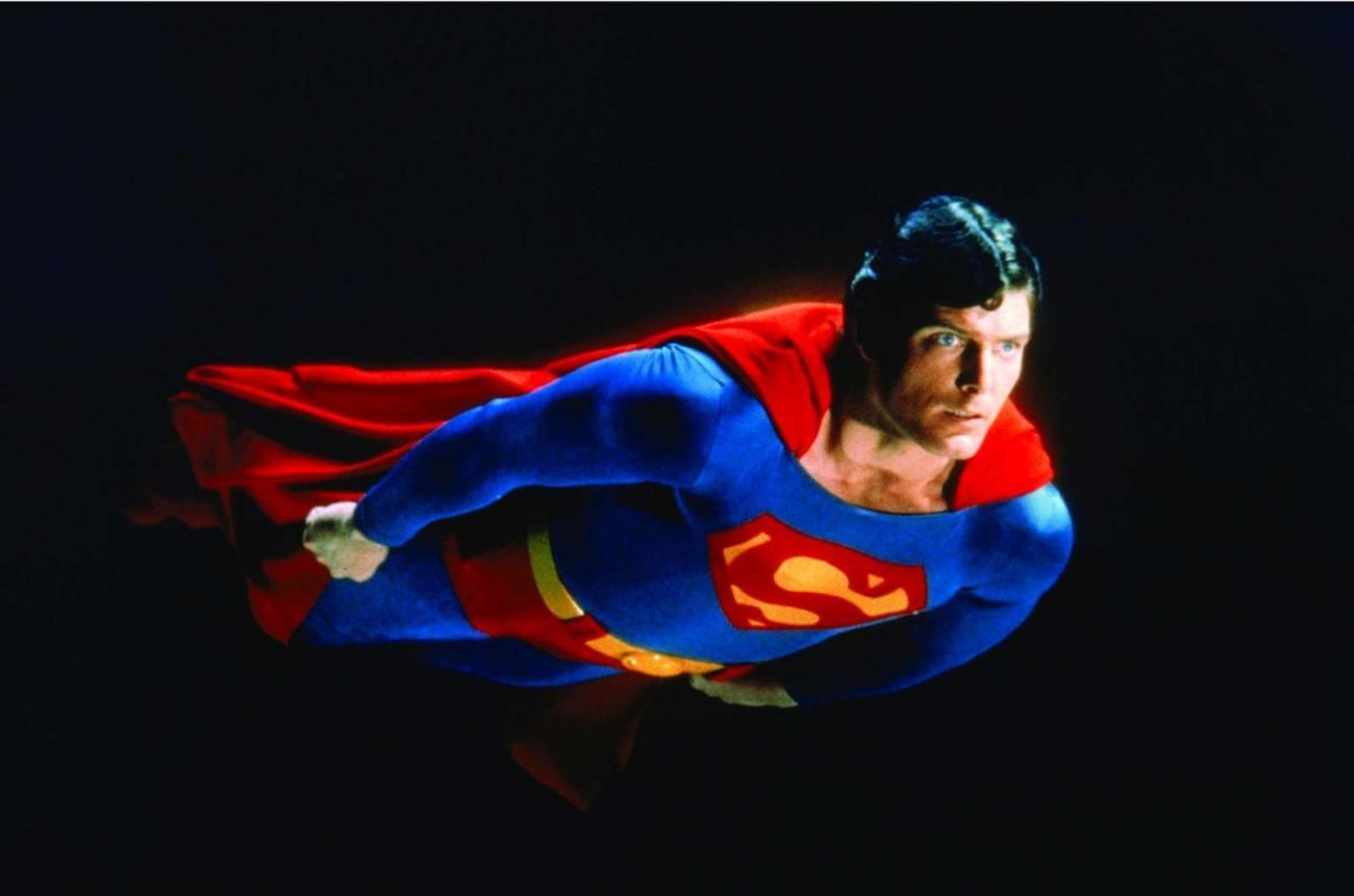 Christopher Reeve (1952-2004) como Superman en Superman: The Movie (1978). Imagen: DC Comics/Warner Bros. Pictures