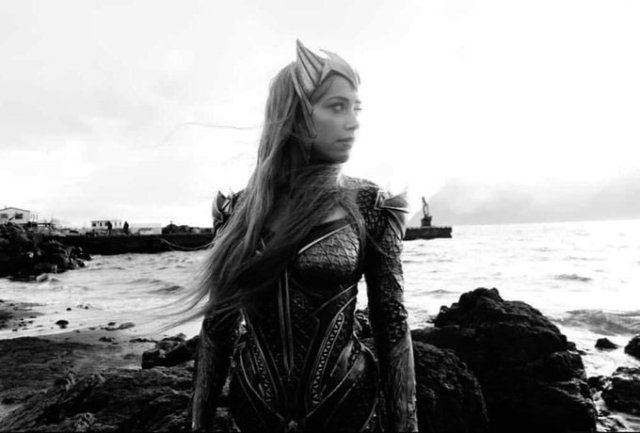 Amber Heard como Mera en el Snyder Cut de Justice League (2017). Imagen: DC_Cinematic Reddit