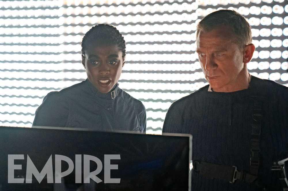 Lashana Lynch como Nomi y Daniel Craig como James Bond en No Time to Die (2020). Imagen: Empire Magazine