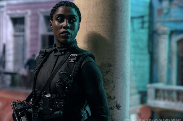 Lashana Lynch como Nomi en No Time to Die (2020). Imagen: Danjaq, LLC/MGM