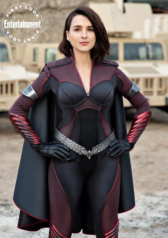 Stormfront (Aya Cash) en la temporada 2 de The Boys. Imagen: Jasper Savage/Amazon Studios/Entertainment Weekly