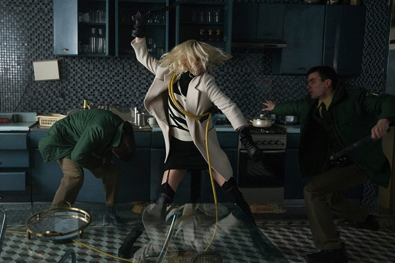 Lorraine Broughton (Charlize Theron) en Atomic Blonde (2017). Imagen: Jonathan Prime/Focus Features LLC