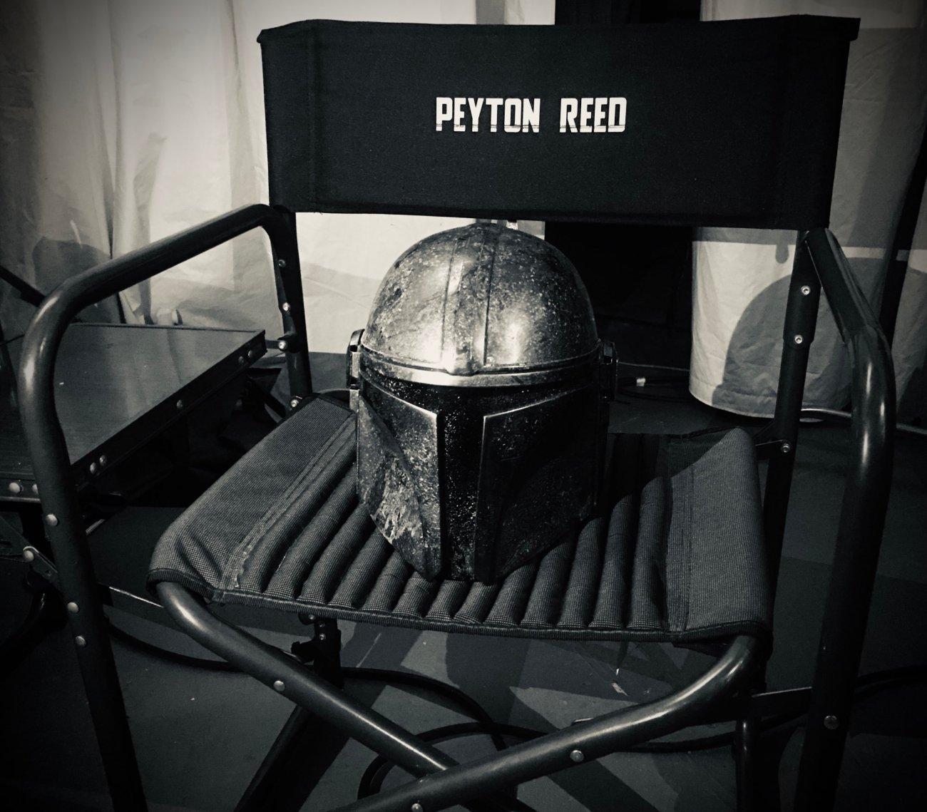 La silla del director Payton Reed en el set de The Mandalorian. Imagen: Peyton Reed Twitter (@MrPeytonReed).