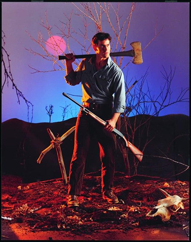 Ash Williams (Bruce Campbell) en The Evil Dead (1981). Imagen: IMDb.com