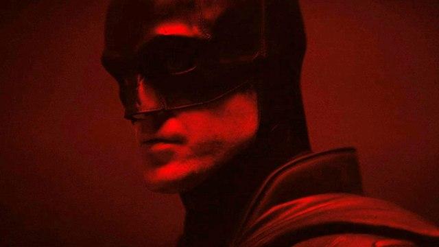Robert Pattinson como Batman en The Batman (2021). Imagen: IMDb.com